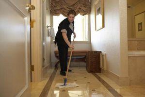 La comparación de las fregonas piso de baldosas