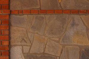 ¿Qué se puede poner en una chimenea de piedra Chapa natural para llevar a cabo su brillo natural?