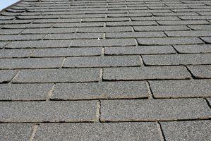 Cómo limpiar las tejas de asfalto para tejados