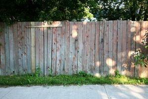 La mejor manera de cuidar de una cerca de madera del cedro
