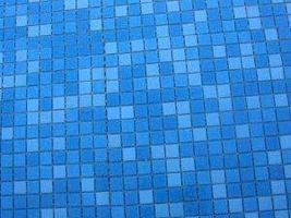 Cómo poner el azulejo en la madera