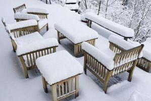 Cómo conservar los muebles de madera al aire libre