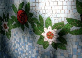 Cómo cortar hojas de mosaico de azulejo