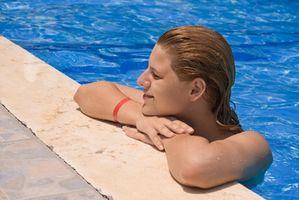 Cómo convertir su piscina al aire libre en una piscina cubierta