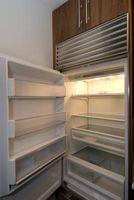 Las dimensiones y profundidad de mostrador para un refrigerador