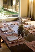 Cómo establecer una mesa elegante sin mucho dinero