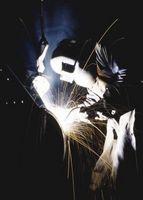 Cómo arreglar un soldador que no alimenta alambre