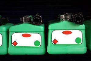 Cómo reparar las latas de gas Rusted