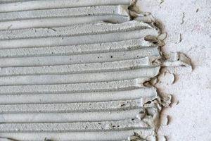 ¿Por qué iba mortero adhesivo para baldosas cerámicas se endurece?