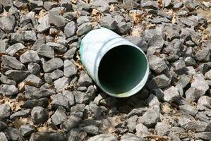 Cómo instalar drenajes franceses que se ejecutan a la acera