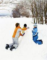 Cómo hacer una forma de bloque para un fuerte de nieve