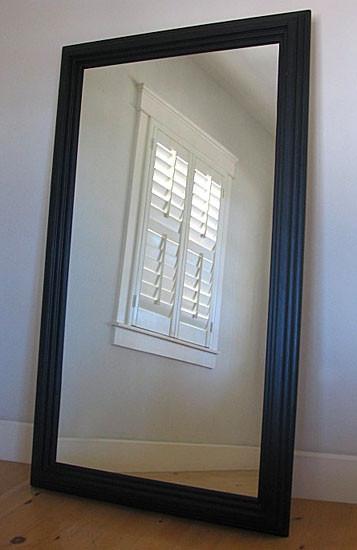 Cómo instalar un espejo de longitud completa