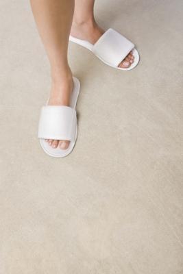 Cómo quitar manchas de la alfombra que mantienen reapareciendo