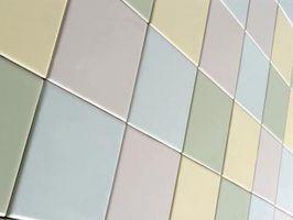 ¿Qué producto de limpieza se debe utilizar en modernos pisos de baldosas de porcelana?