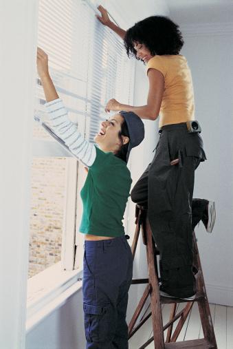 Do-it-yourself instrucciones para las cortinas romanas