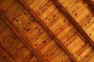 Cómo construir vigas de caja en un techo con madera y placas de yeso