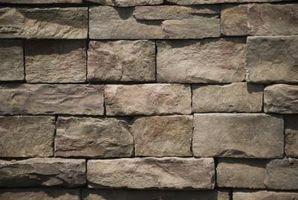 ¿Cómo aislar una pared de piedra