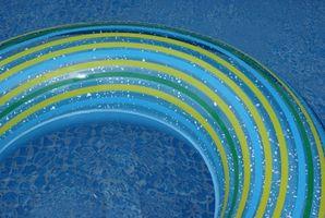 Cómo cerrar una piscina enterrada para la temporada
