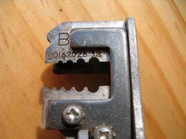 Cómo reemplazar un alambre del termopar en un calentador de pared