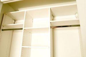 Al organizar un armario, ¿Qué hay que doblar?