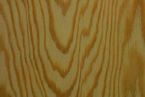 Cómo calcular la cantidad de madera contrachapada lo necesario para un piso