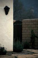 Cómo perforar en una pared de yeso exterior