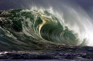 Cómo pintar las olas del mar en una pared