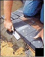 Cómo instalar el ribete de la pavimentadora de concreto