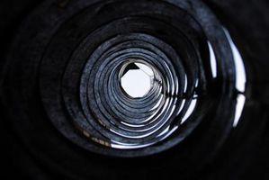 A través de la alcantarilla olor a gas de horno Conductos