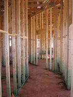 Cómo calcular la cantidad de madera que se necesita para construir un muro?