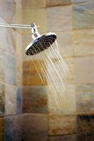 Cómo instalar una prueba de fugas ducha Azulejos