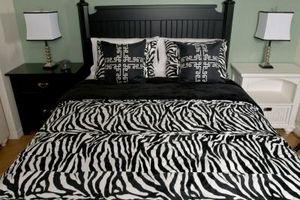 Como montar un armazón de la cama a una cabecera