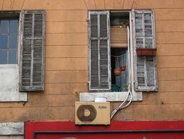 ¿Qué causa el olor a moho en conductos del aire acondicionado?