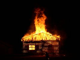 Las causas más comunes de incendios en el hogar