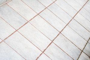 Cómo quitar lechada para azulejos Haze